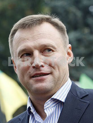 The head of the Agrarian Party of Ukraine Vitaliy Skotsyk speaks to reporters during a meeting on the occasion of the strike