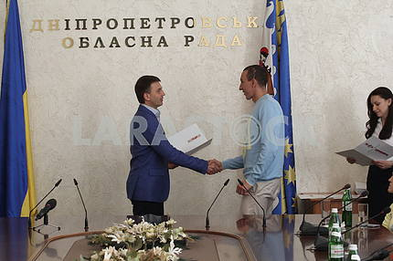 Dnepropetrovsk regional council awarded Paralympic athletes