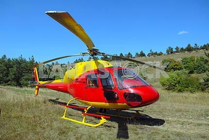 Вертолет приземлился