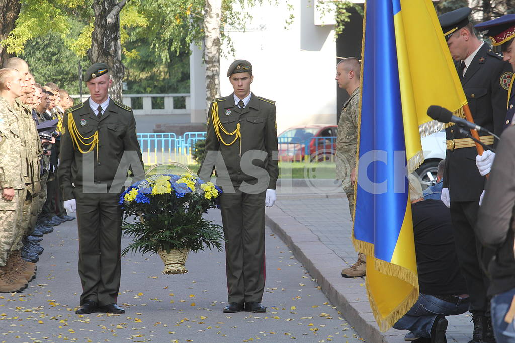 Solemn send-off of draftees for military service in the Armed Forces in the Dnieper — Image 38611