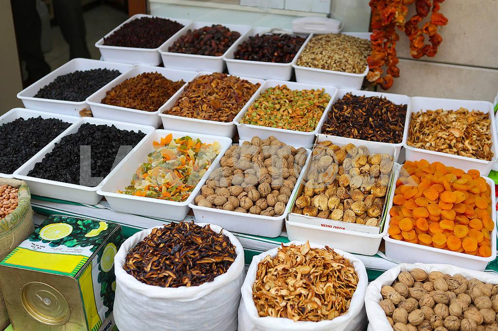 Eastern sweets at the bazaar in Konya — Image 38801