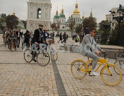 Bicycle Parade Retro Cruise