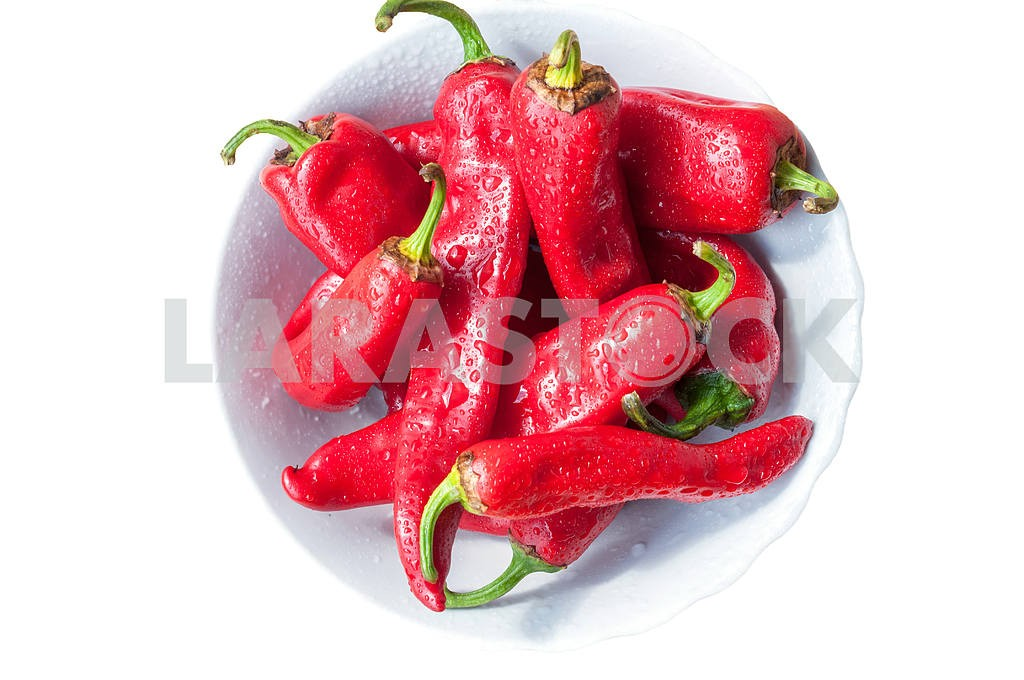 Chili peppers in a white dish — Image 4271