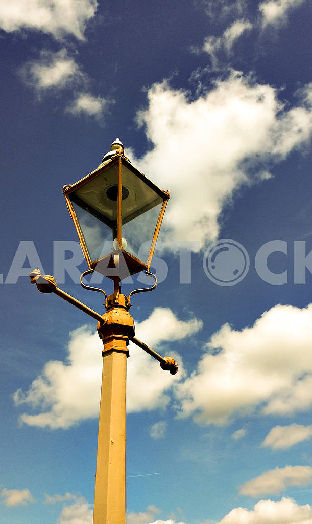 Old Fashioned Street Light — Image 46949