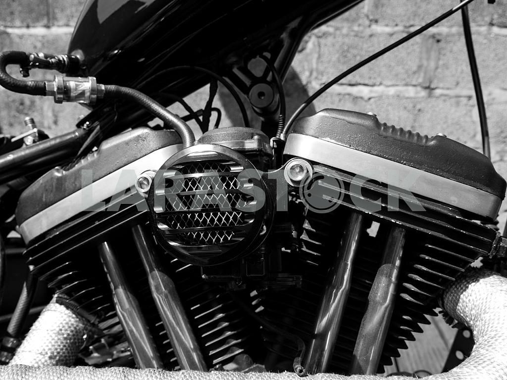 V Twin Engine — Image 47073