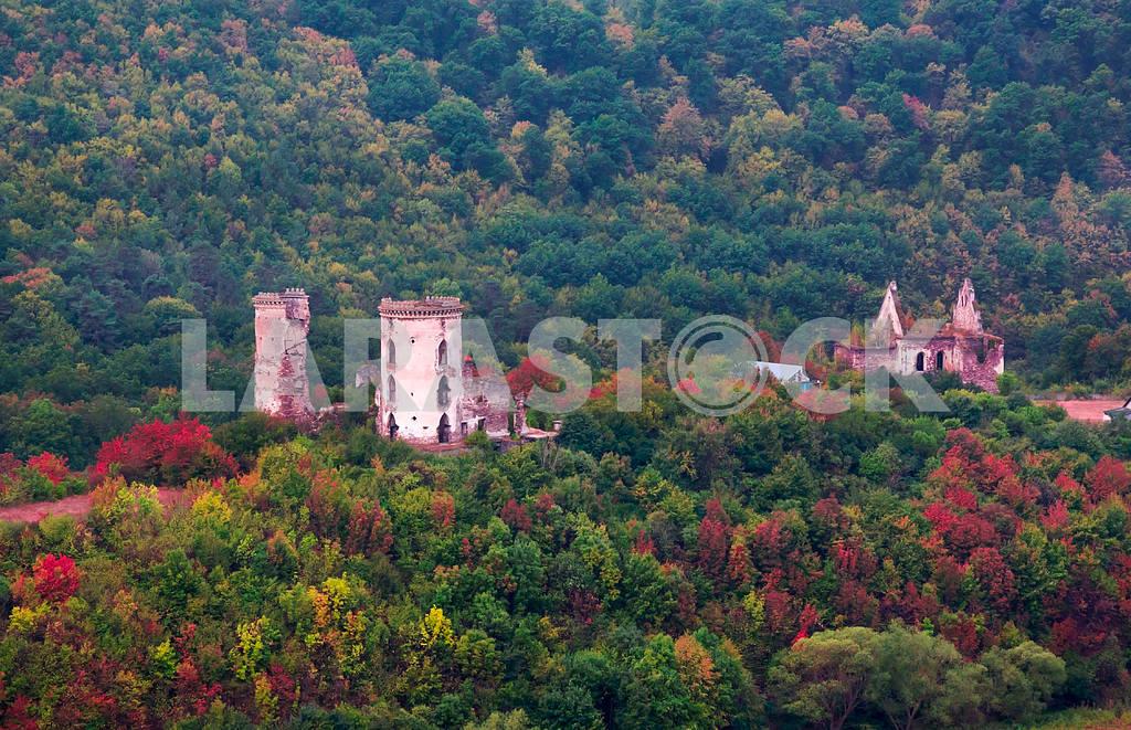 Autumn view of Chervonohorod Castle ruins. Ukraine — Image 47721