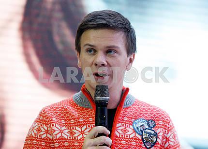 Дмитрий Комаров,горизонтальный портрет