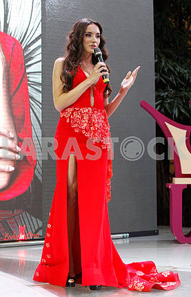 Victoria Kiose in red dress in the growth