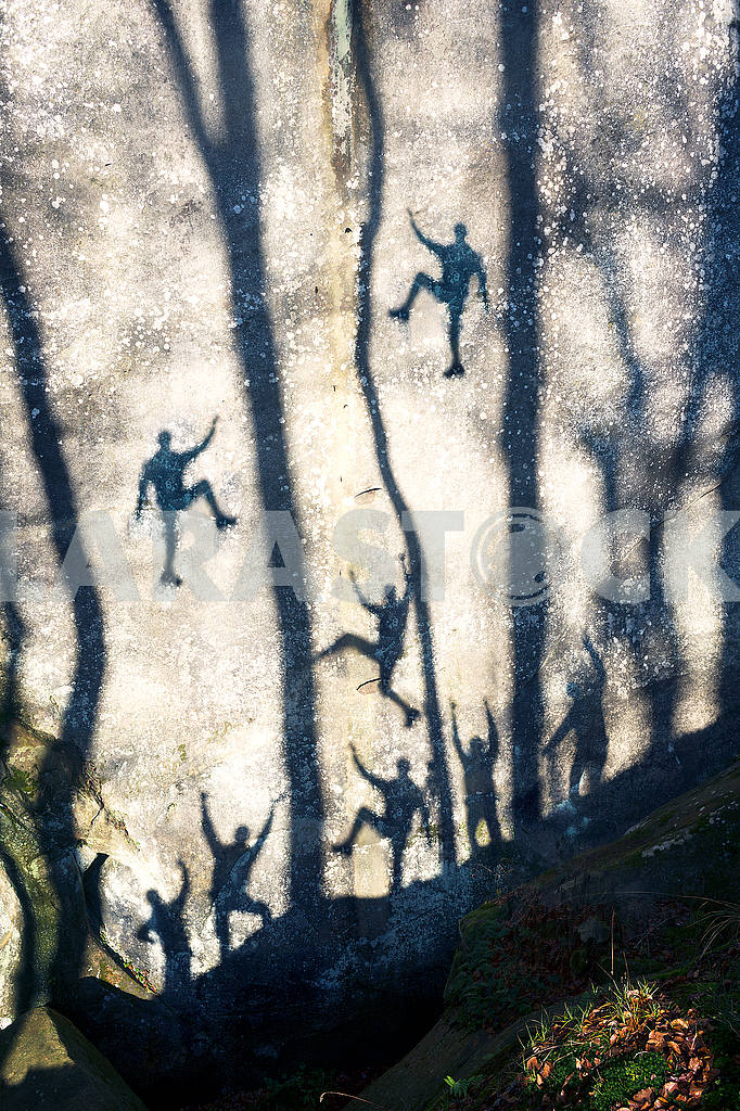 Silhouettes of climbers in Bubnyshche — Image 48479