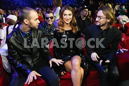 Max Barskih, Tatyana Reshetnyak and Alan Badoev at the award ceremony of the M1 Awards 2016