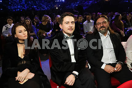 Pavel Shilko with his wife and Sergei Kuzin at the award ceremony of the M1 Awards 2016