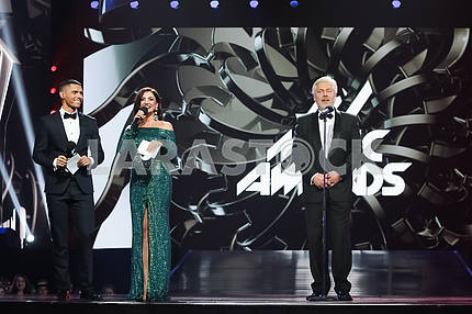 Nikita Dobrynin, Olya Tsybulskaya, Valentin Koval at the awarding ceremony of the M1 Awards 2016