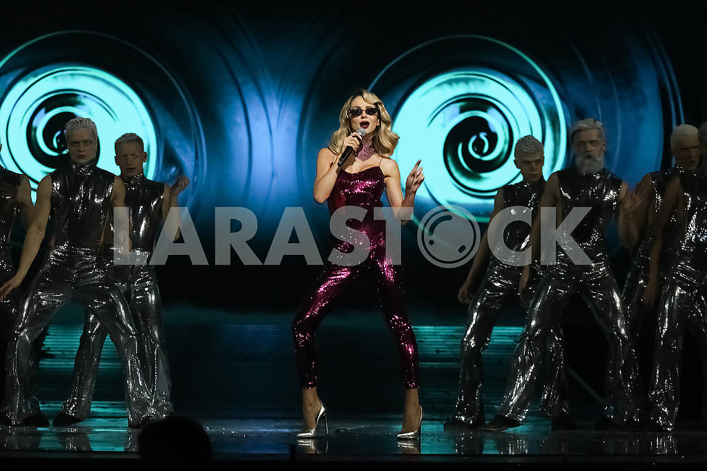 LOBODA at the award ceremony of the M1 Awards 2016 — Image 48864