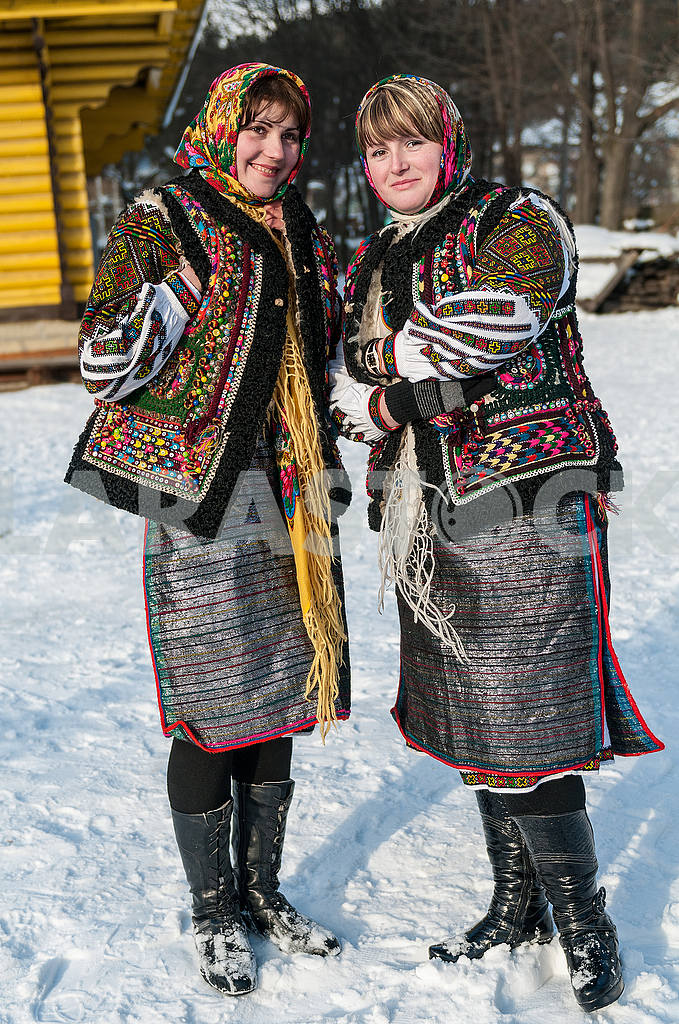 Girls in the Keptariki — Image 49288