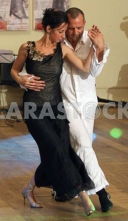 Couple dancing Argentine tango
