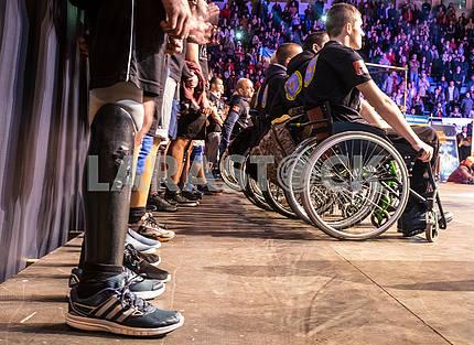 Инвалиды бойцы АТО на соревнованиях по кроссфиту