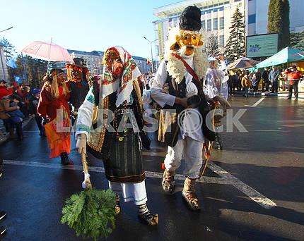 Дед и баба традиционные персонажи маланки