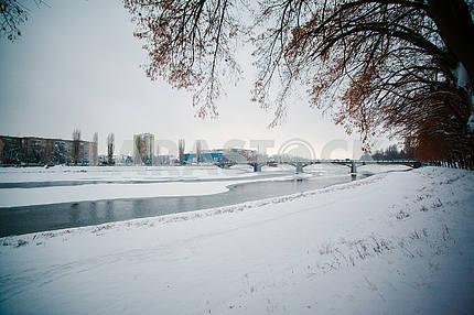 Міст Масарика взимку