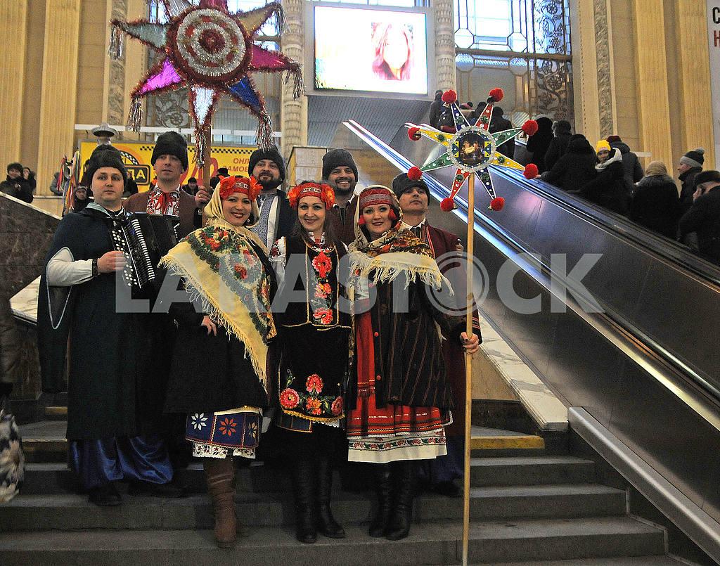 Kolyadniki at the railway station — Image 49857