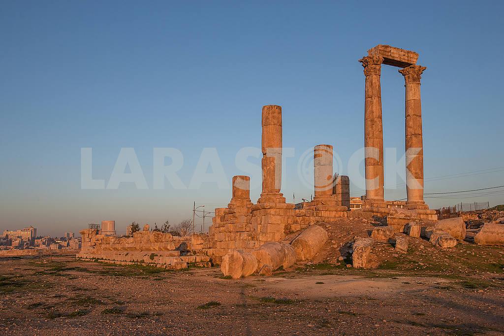 Ruins of Roman architecture in Amman — Image 49897