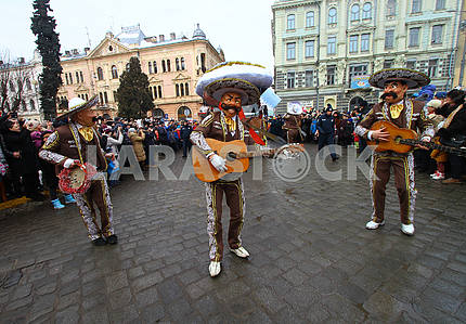 People in Mexican costumes at the Malanka festival