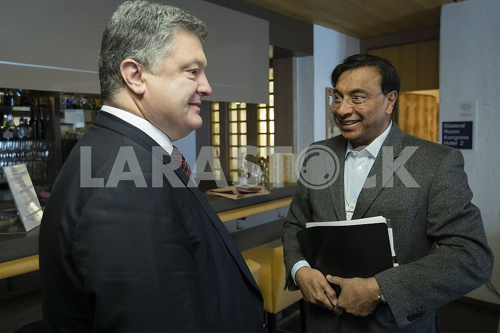 Petro Poroshenko and Lakshmi Mittal — Image 50405