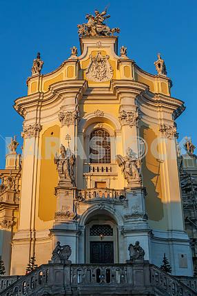 Статуи митрополитов Атанасия и Льва - Работы Йохана Георга Пинзеля