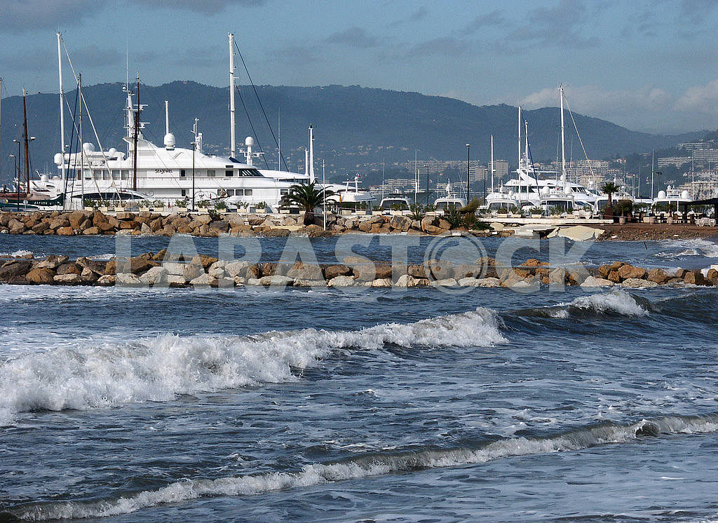Yacht Club on the Croisette — Image 50811