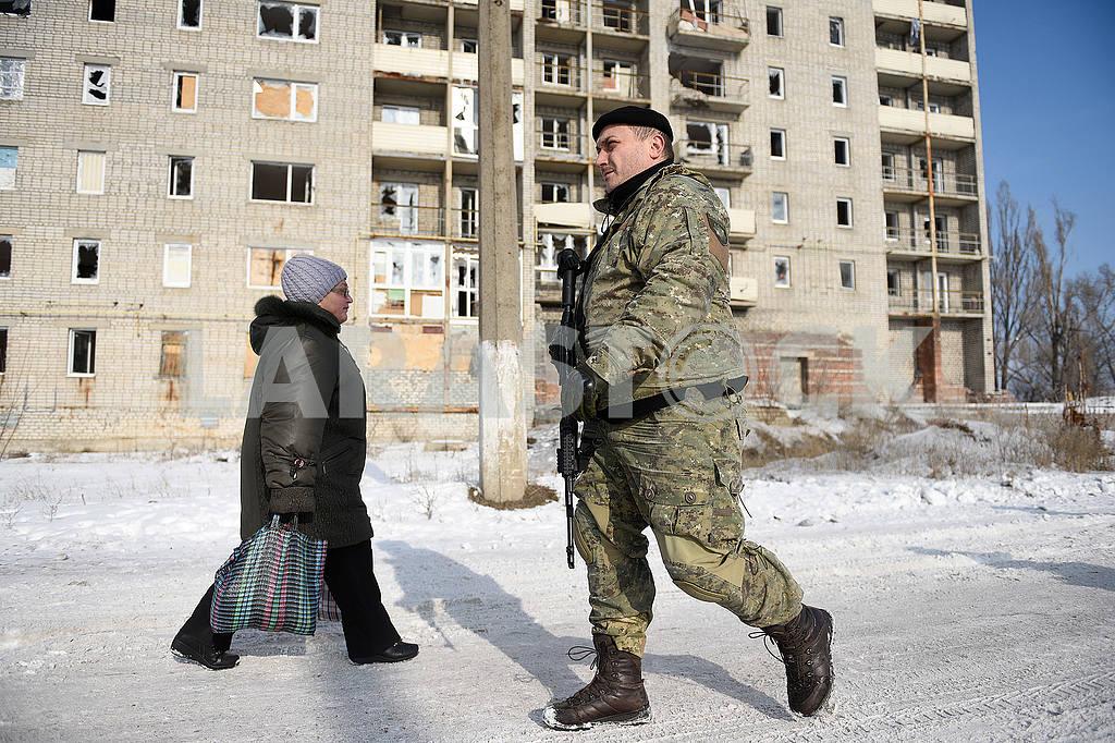 Ruined buildings in Avdeevka — Image 51190