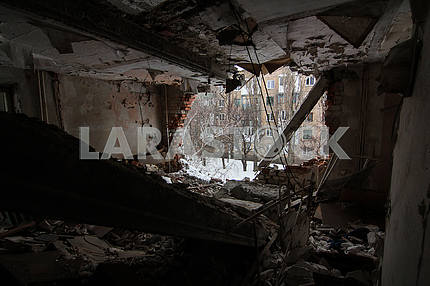 Destroyed apartment in Avdeevka