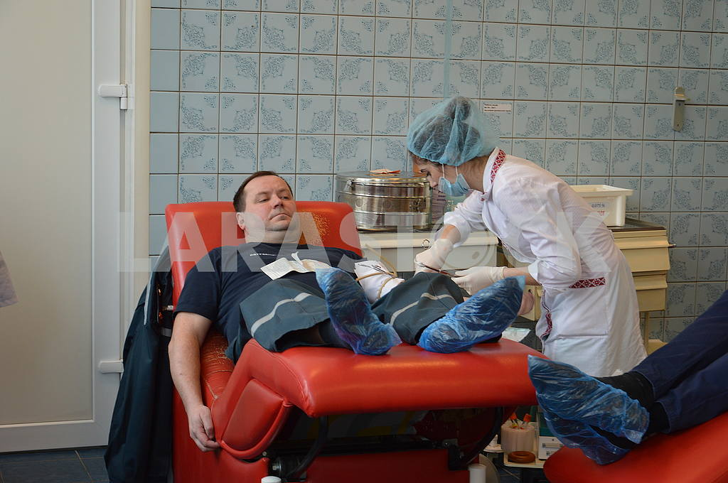 Employees of the State Emergency Response Service donate blood — Image 51552