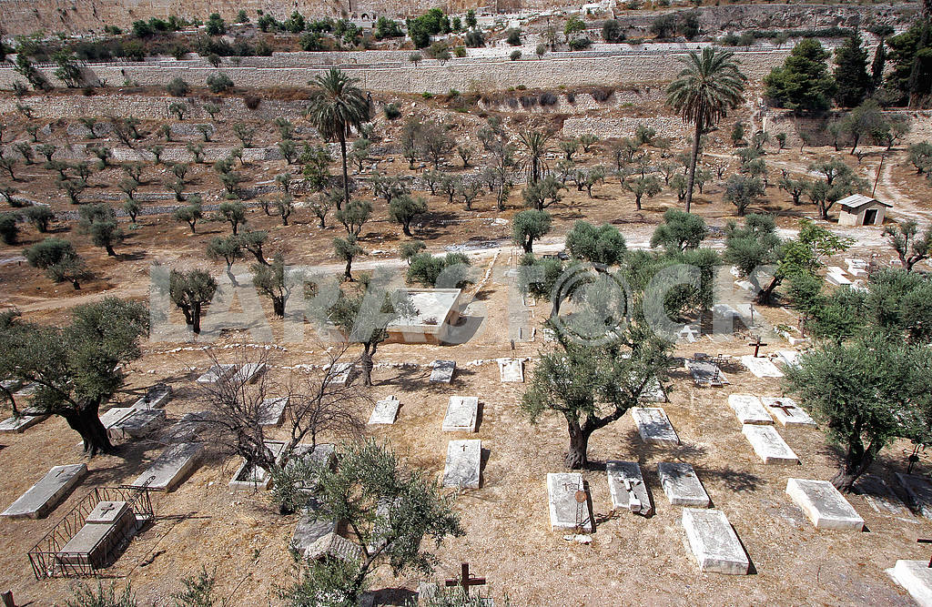 Christian cemetery on the Mount of Olives in Jerusalem — Image 51735