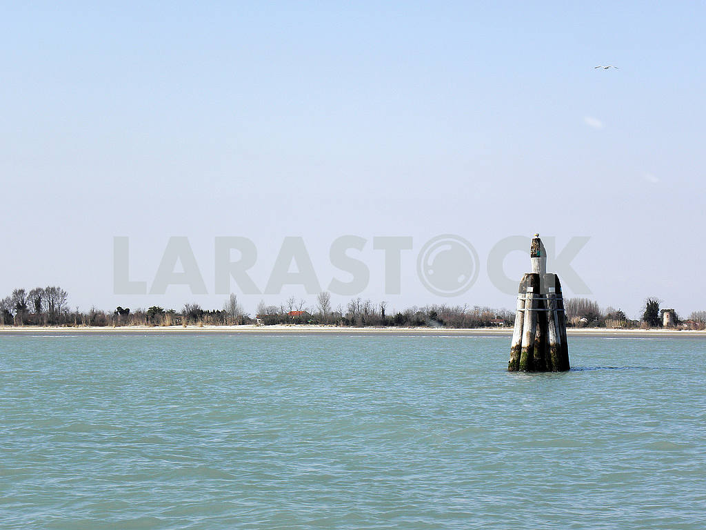 Venice by springtime,docks and lagoons,3 — Image 52162