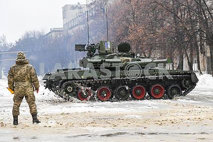 Tank Oplot T84U