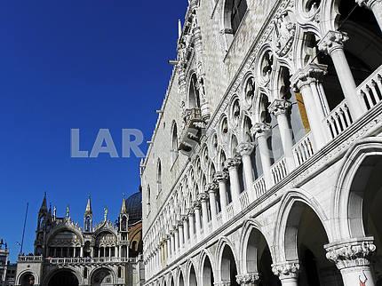 Венеция, Италия, архитектурные детали города, 6