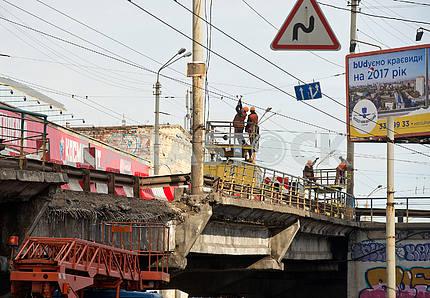 Ruined part of the Shulyavsky Bridge