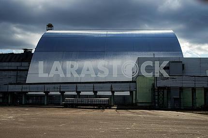 Новый конфаймент (саркофаг) над 4-м энергоблоком ЧАЭС