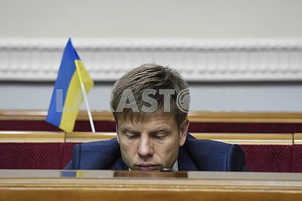 Олексій Гончаренко в сесійній залі