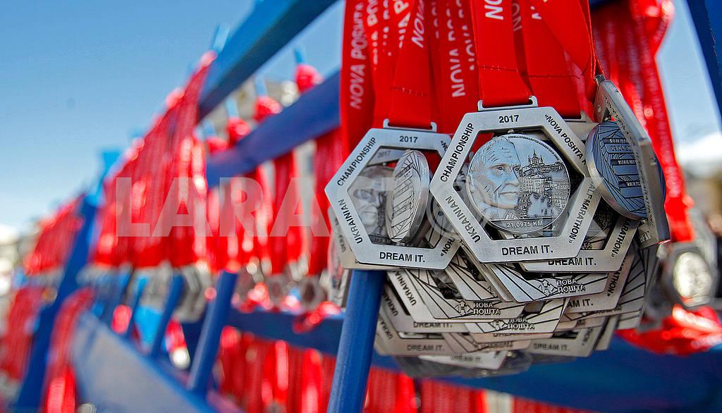 Half Marathon Awards — Image 54400