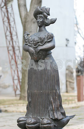 Monument to Odessa Mom