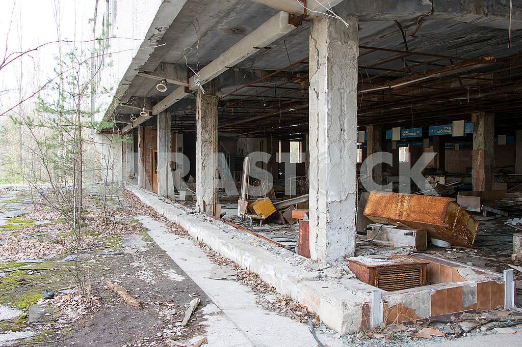 Destroyed shop in Pripyat — Image 54481
