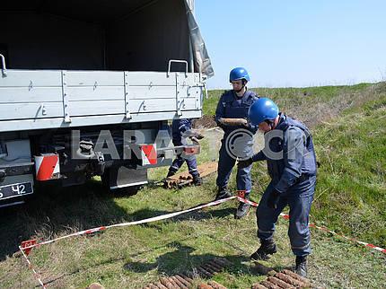 Mine clearance on the island of Berezan