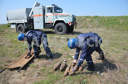 Mine clearance on the island of Berezan