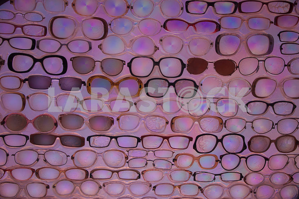 """Fragment of the installation """"Glasses"""" — Image 54722"""