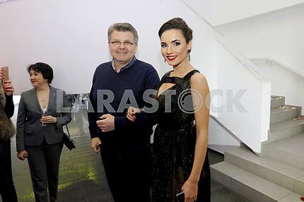 "Sculptor Oleg Pinchuk and ""Miss Ukraine International 2016"" Victoria Kyose"