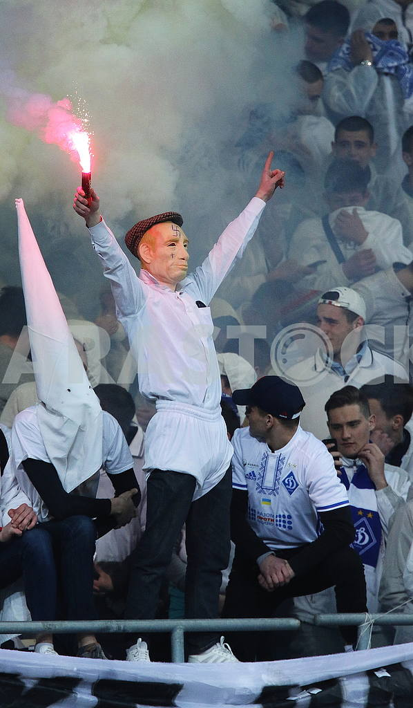Fans in the mask of Putin — Image 55062