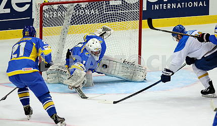 Хоккей Украина - Казахстан 2:4