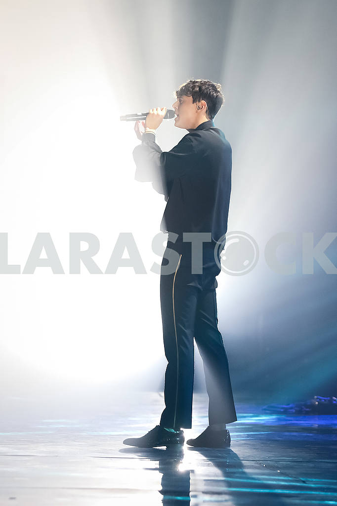 "The final concert of the All-Ukrainian tour ALEKSEEV ""Drunken Sun"". — Image 55722"