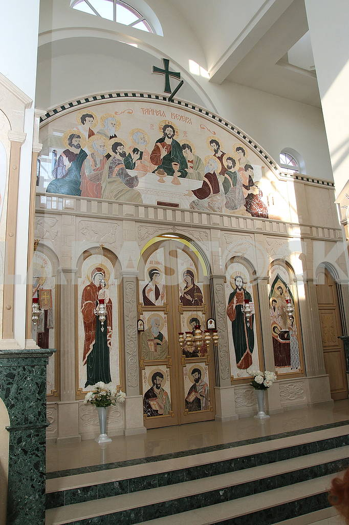 Altar in the Holy Dormition Church — Image 56173