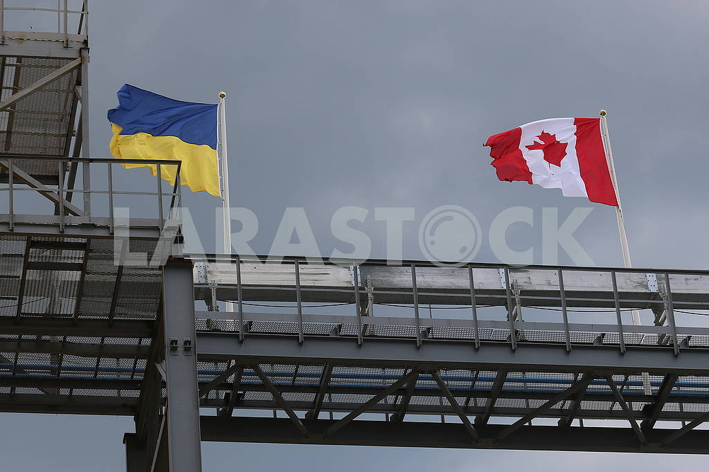 Flag Ukraine and Canada — Image 56188
